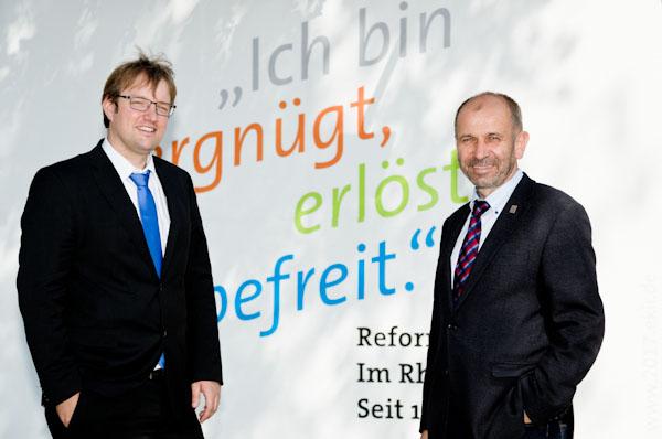 Unter dem Motto 'Ich bin vergnügt, erlöst, befreit' feiert die rheinische Kirche das Reformationsjubiläum: Projektleiter Martin Engels (l.) und Präses Manfred Rekowski.