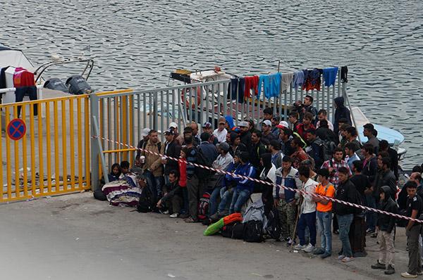 Europa schiebt die Verantwortung für Flüchtlinge nach Griechenland ab.