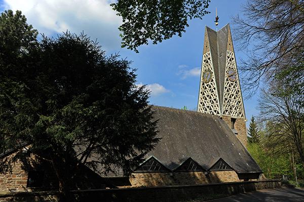 Schweren Herzens trennt sich die Johannes-Kirchengemeinde von der Marienforster Kirche.