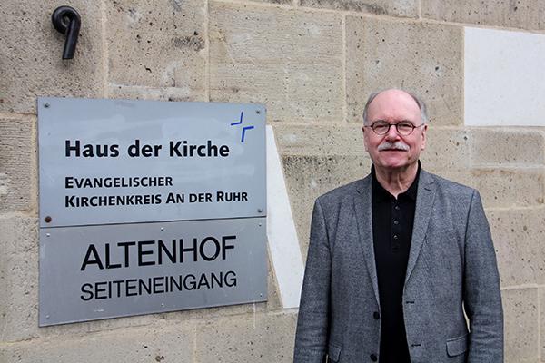 Nach zwölf Jahren im Amt ist Superintendent Helmut Hitzbleck nun im Ruhestand.