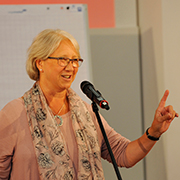 Margarete Preis startet mit Luther, Cranach und Facebook.