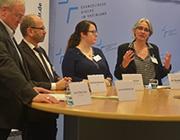 Abschlusspressekonferenz der Landessynode 2018, v.r. Dr. Ilka Werner, Miriam Lohrengel, Präses Manfred Rekowski und Pressesprecher Jens Peter Iven