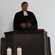 Vizepräses Christoph Pistorius beim Gottesdienst zum Start der Reise