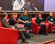 Podium mit Christoph Urban (v. l.), Sibilla Maria Gärtner, Jil Blume, Petra Vahrenhorst und Jonas Einck.
