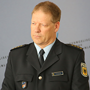 Positives Fazit: Helge Scharfscheer, Leiter der Bundespolizeiinspektion Flughafen Düsseldorf.