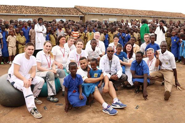 """""""Rwanda 2020"""" fußt auf der Arbeit des Mainzer Vereins """"Geselle trifft Gazelle – Farben verbinden Kulturen"""""""