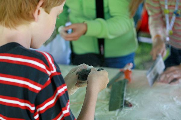 Etwas Neues schaffen: Foto von einem der rheinischen Jugendcamps.