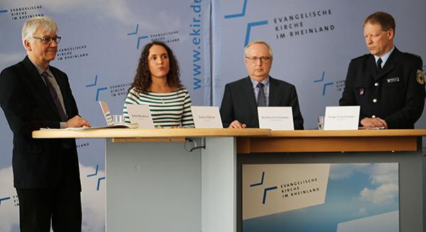 Pressekonferenz mit Rafael Nikodemus (v.l.), Dalia Höhne, Burkhard Schnieder und Helge Scharfscheer.