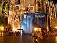 Letzte Station der Bibel-Box war der Roncalliplatz am Kölner Dom.
