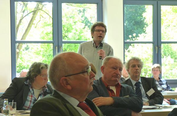 Die verschiedenen Vorträge über geschichtliche 'Bruchstellen' sorgten für Diskussionsstoff.