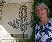 Kurt Wolffs Tochter Renate Brunotte, früheres Kirchenleitungsmitglied, in Nes Ammim.