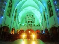 Stimmungsvolle Lichter sind bei der Nacht der Kirchen in Saarbrücken zu erwarten, nicht nur in der Johanneskirche.
