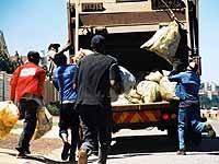 Alltag in Südafrika: Alle Folgen der Apartheid sind auch nach zehn Jahren noch nicht beseitigt.