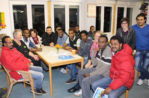 Eines der Beispiele von Flüchtlingsengagement in rheinischen Kirchengemeinden: das Café International in Büchenbeuren.