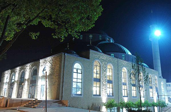 Auch die Moschee in Duisburg nimmt an der 'Nacht der Offenen Gotteshäuser' teil.