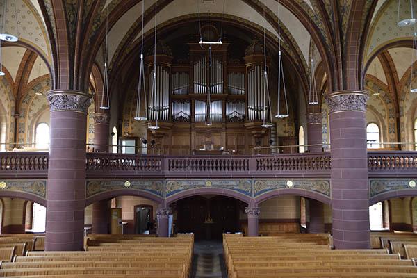 Die Orgel-Empore in der evangelischen Kirche in Essen-Werden.