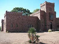 Burg aus wilhelminischer Zeit: Schloss Duwisib in der namibischen Wüste.