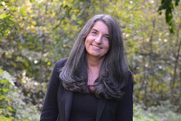 Pfarrerin Heike Schneidereit-Mauth war selbst lange Klinikseelsorgerin und ist aktuell im Kirchenkreis Düsseldorf für Seelsorge zuständig.