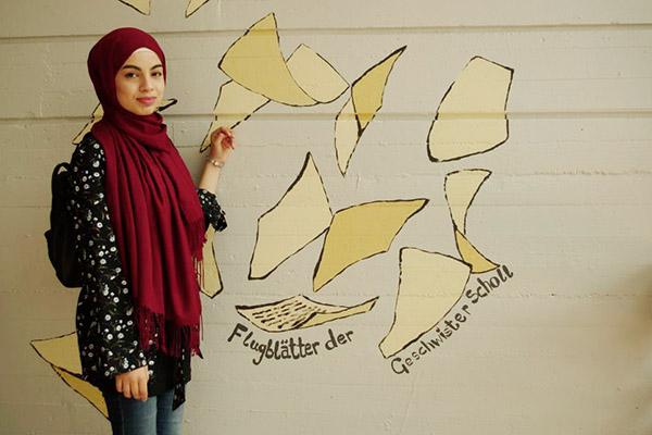 Lujain Al Khalaf wird nach den Sommerferien die gymnasiale Oberstufe der Geschwister-Scholl-Gesamtschule in Solingen besuchen.
