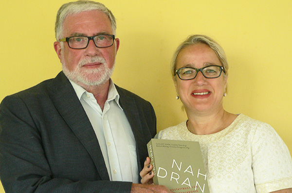 Nah dran am Thema Gemeindediakonie: Prof. Gerhard K. Schäfer von der EFH Bochum und Barbara Montag von der Diakonie RWL.