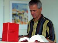 Der neue BAT-KF gilt für die Mitarbeitenden in Kirche und Diakonie.