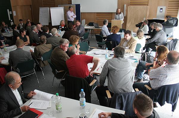 Knapp 70 Menschen aus der rheinischen Kirche beteiligten sich an der Werkstatt Zukunftsfähigkeit.