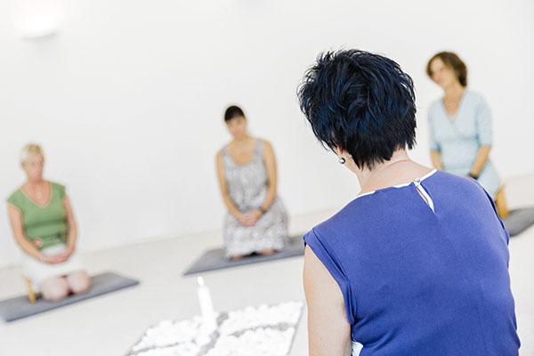 Meditieren im 'Haus der Stille'