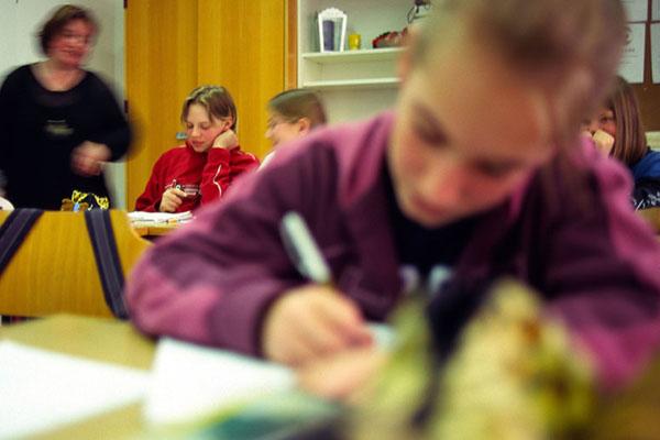 Religionsunterricht markiert einen unverzichtbaren Bereich allgemeiner und individueller Bildungsarbeit in der Schule.