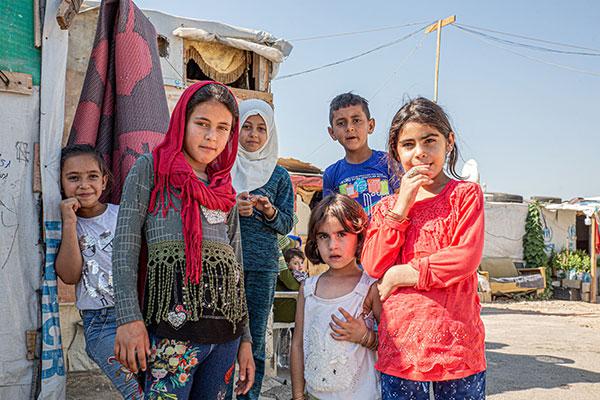 Syrische Kinder im Flüchtlingscamp Zahlé im Libanon.
