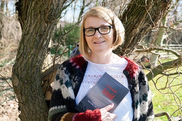 Die evangelische Pfarrerin Sjoefn Mueller Thor (Sjöfn Müller Thór) aus Island lebt heute in Inden in der Eifel und schreibt Krimis.