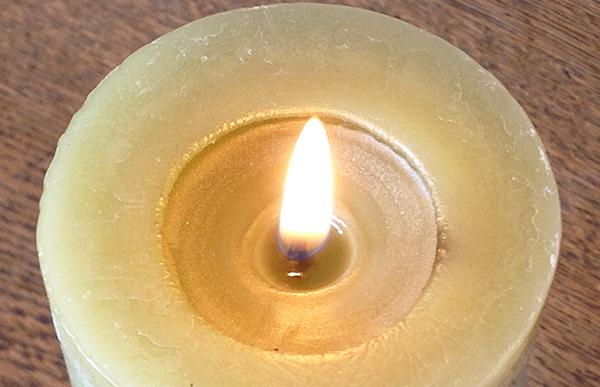 Gedenken und Beten - dazu ruft der Präses nach den Terrorschlägen von Paris auf.