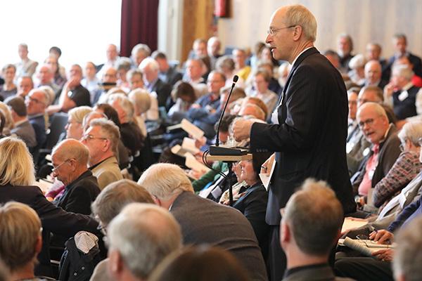 Aussprache auf der Synode