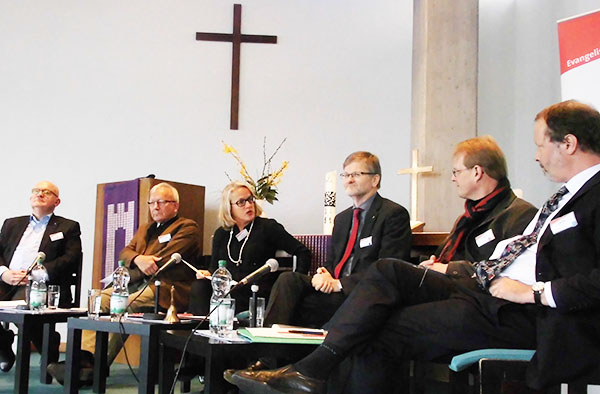 Diskutierten über gute Unternehmensführung: Wirtschafts- und Diakonievertreter.